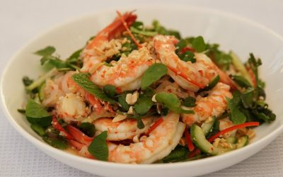Prawn salad with chilli, cucumber & watercress