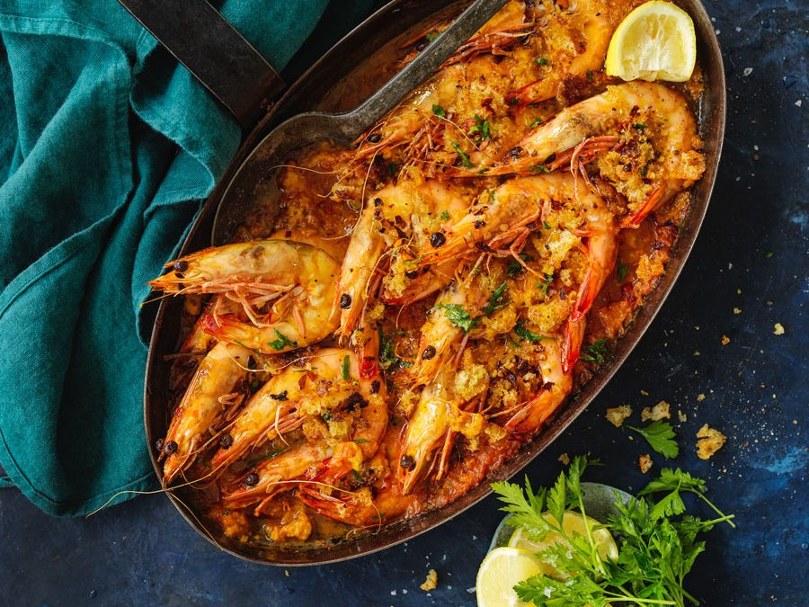 Italian baked prawns with chilli and saffron