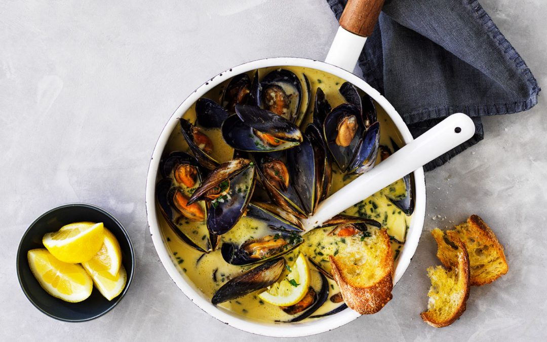 Easy As Aussie Mussels with a creamy garlic sauce